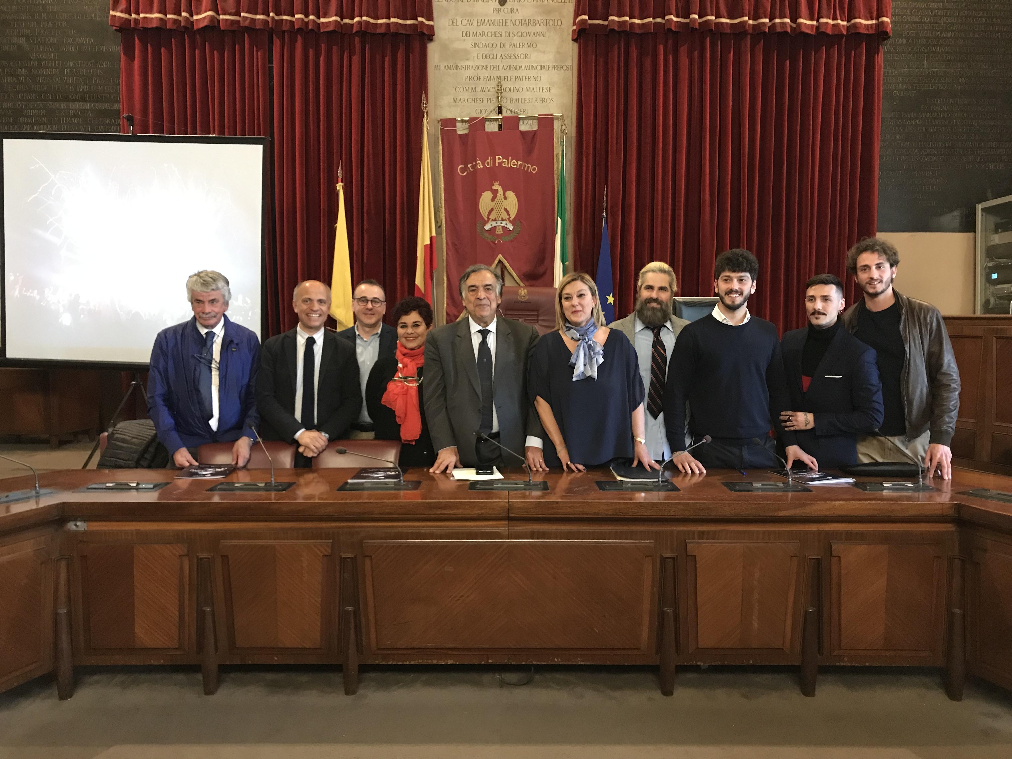 foto-conferenza-stampa-a-Palazzo-delle-Aquile
