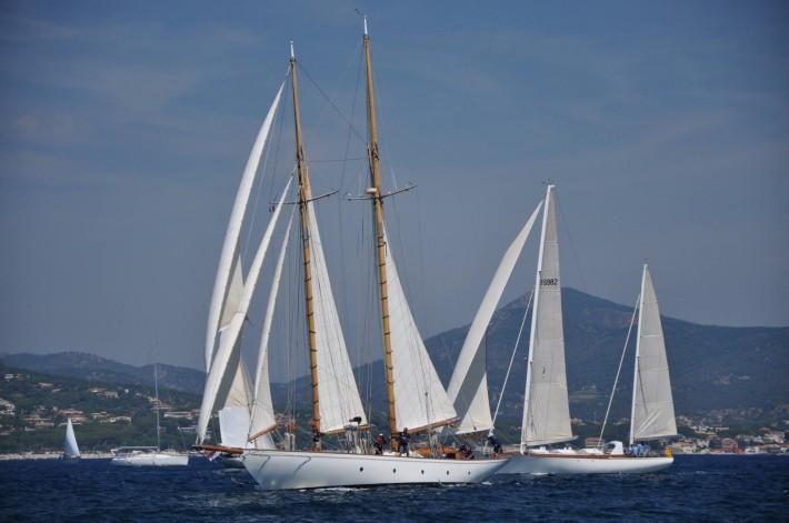 """Barche a vela d'epoca a Castellammare del Golfo per il trofeo """"Bailli de Suffren"""""""